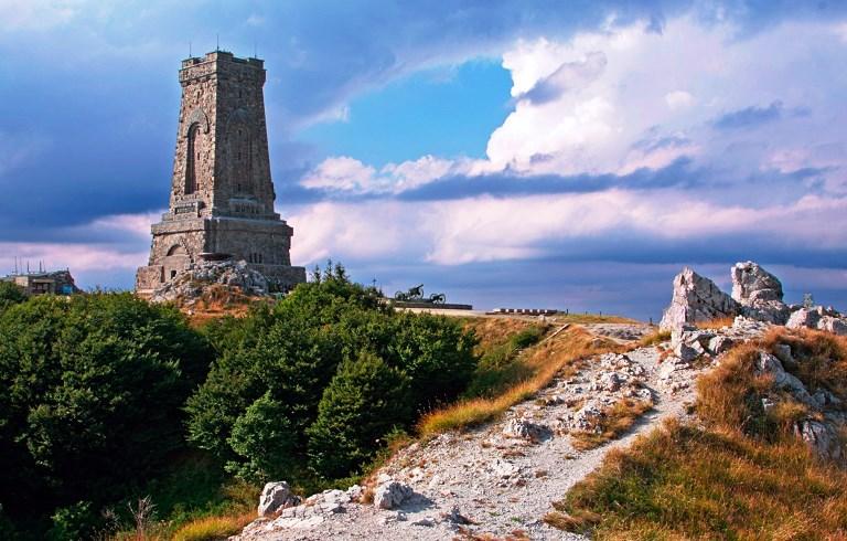 Памятник реке лена фото настоящее время